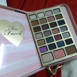 New! Too Faced Boss Lady Agenda Eyeshadows Palette